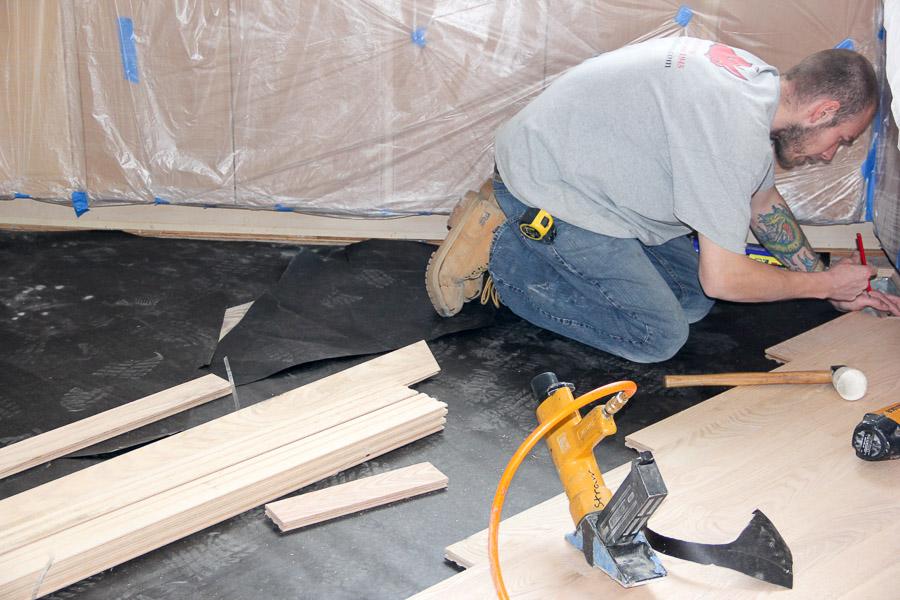 [Jin Luu U2013 Kitchen U2013 Install] Floor Installation In Bartlett, IL By Ryno  Custom Flooring Inc.